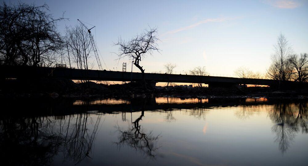Third bridge across Volkhov river under construction in Veliky Novgorod