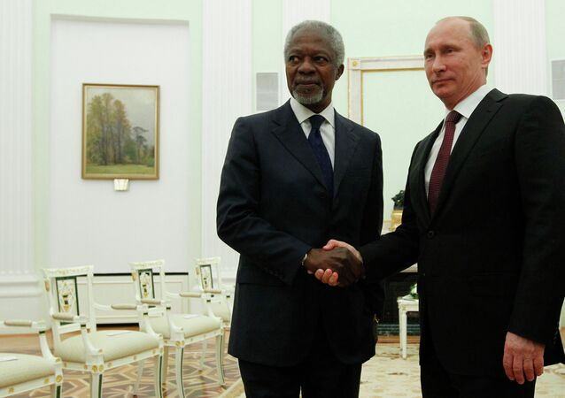 Vladimir Putin meets with Kofi Annan
