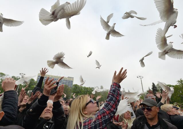 Rally held to commemorate those killed in Odessa on May 2, 2014