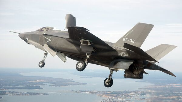 While the delays, malfunctions and costs of the F-35 fighter jet pile higher and higher, the main contractors for the notoriously over-budget and overdue program threw record amounts of money towards politicians in 2014. - Sputnik International
