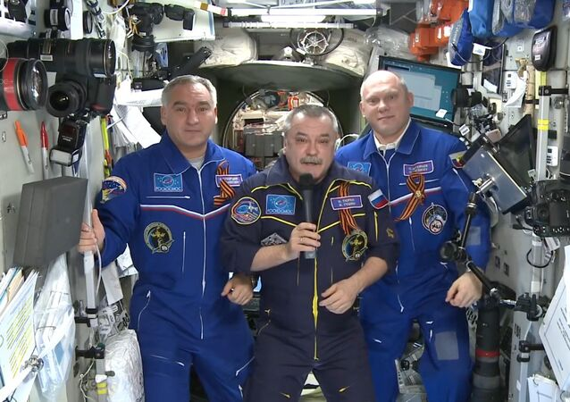 Congratulation of crew of ISS on the Victory Day