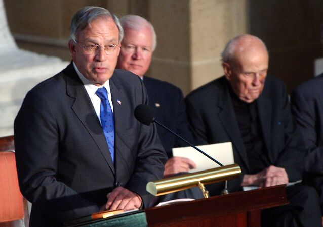 Porter Goss speaks on Capitol Hill after receiving a Congressional Distinguished Service Award.