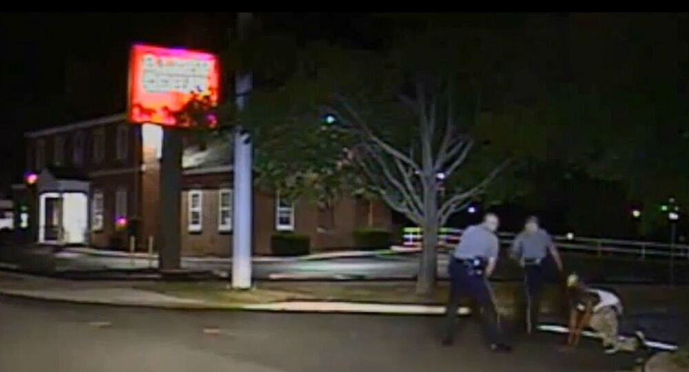 Dover Police Department dashcam video of Aug 2014 incident.