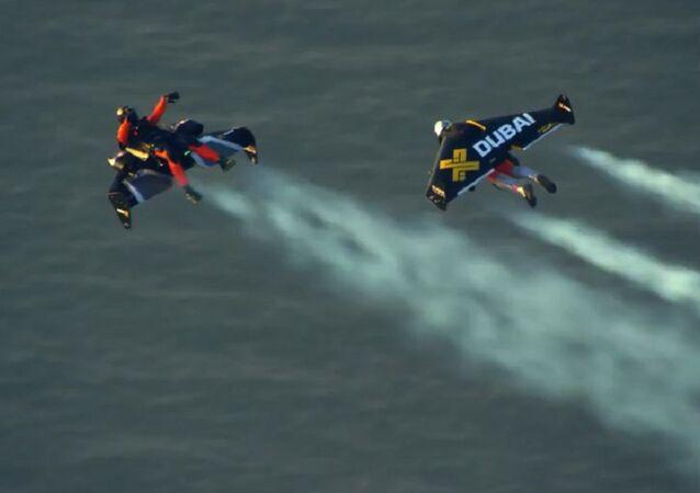 Jetman Dubai : Young Feathers 4K