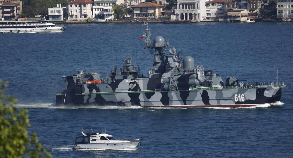 The Russian Navy guided missile corvette Samum sets sail