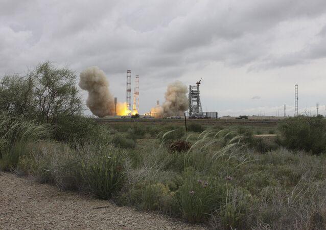 A Proton-M carrier rocket blasts off with the MexSat-1 communications satellite at Baikonur cosmodrome, Kazakhstan