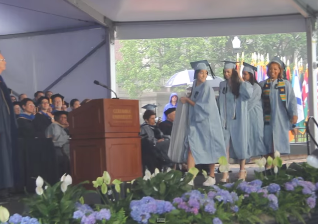 Columbia Student Graduates, With Symbolic Mattress in Tow (VIDEO)