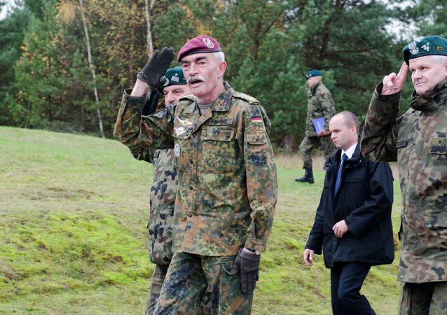 Hans-Lothar Domröse