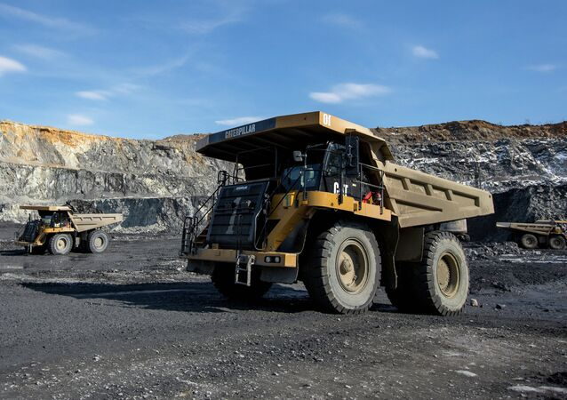 Developing the gold-bearing open pit