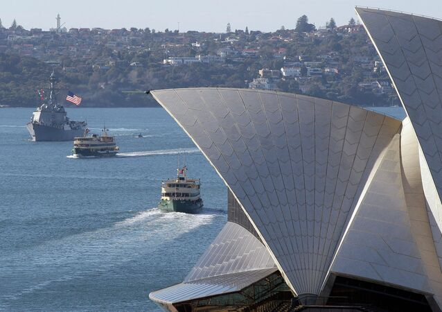 USS McCampbell (DDG 85) sails past the Opera House in Sydney prior to the Talisman Sabre of 2011.