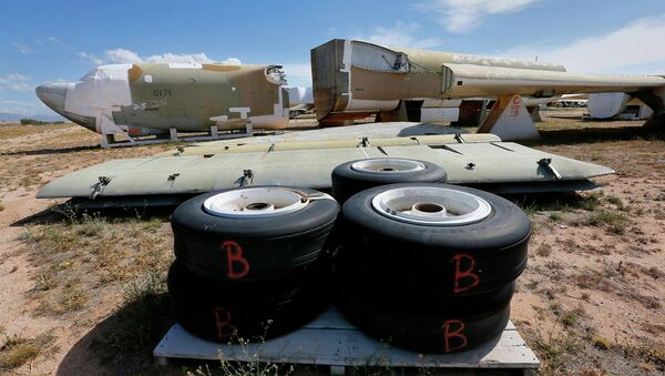 A Boeing B-52 Stratofortress, tail number 58-0171, nicknamed Lil Peach II is seen chopped up per the New START Treaty (Strategic Arms Reduction Treaty) with Russia, at the 309th Aerospace Maintenance and Regeneration Group boneyard at Davis-Monthan Air Force Base in Tucson, Ariz - Sputnik International