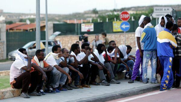 Migrants from Eritrea in Lampedusa, Italy - Sputnik International