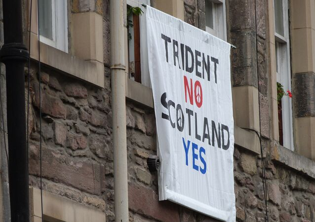 Trident No Scotland Yes poster