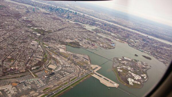 Airplane view of LaGuardia Airport. - Sputnik International