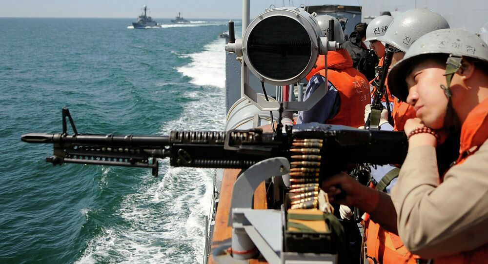 South Korean navy from Second Fleet Command soldiers participate in a drill targeting North Korean infiltration in seas off Taean on May 27, 2010.