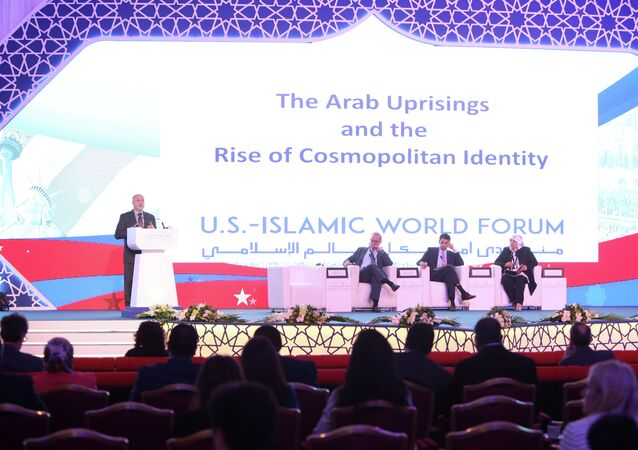 Center for Middle East Policy's senior fellow with the Project on US Relations with the Islamic World, Shibley Telhami (L), delivers a speech during a panel discussion as part of the US-Islamic World Forum on June 1, 2015 in the Qatari capital Doha