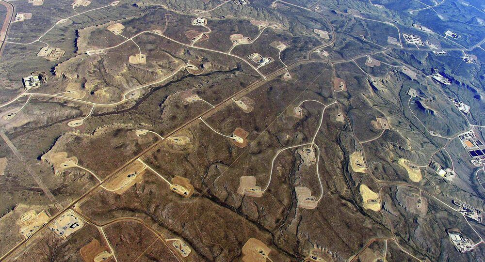 According to the EPA's estimate, 25,000-30,000 new wells were drilled and hydraulically fractured annually in the United States between 2011 and 2014 and, since 1993, fracking has been going on in 25 states.