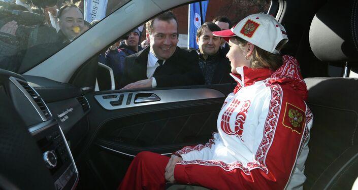 Dmitry Medvedev congratulates Sochi Olympic prize-winners