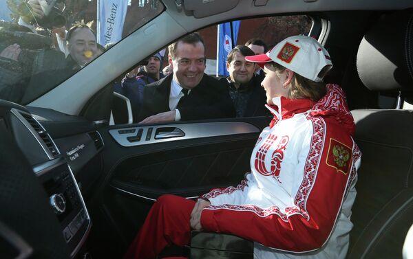 Dmitry Medvedev congratulates Sochi Olympic prize-winners - Sputnik International