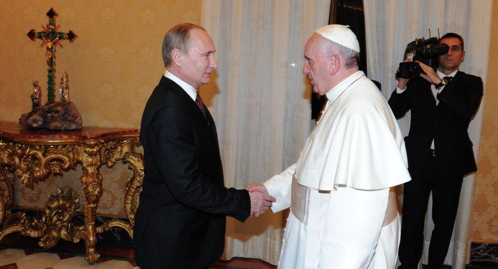 Vladimir Putin visits Vatican