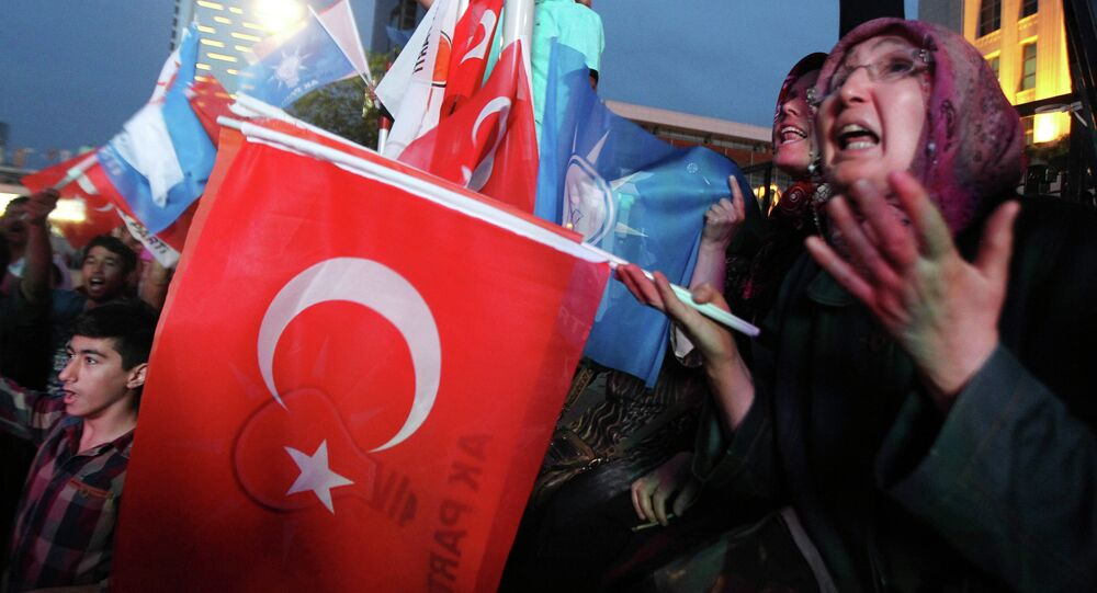 Supporters of Turkey's Islamic-rooted Justice and Development Party (AKP)