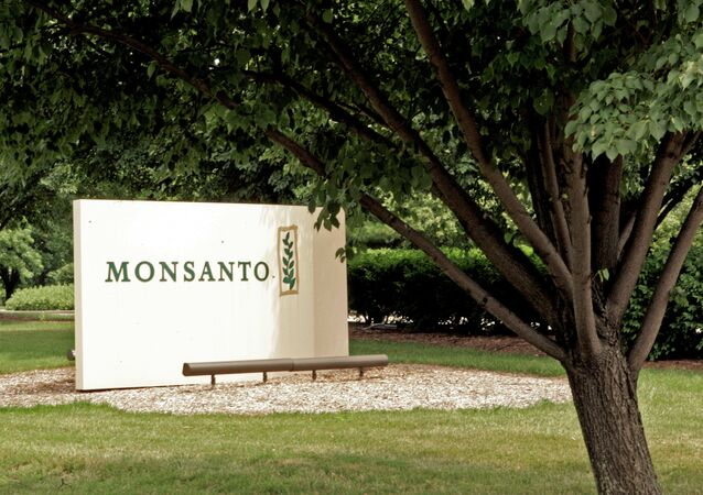A complex merger designed to lower their tax payments could see US agrochemical giant Monsanto merge with its Swiss rival, Syngenta, to create an entity based in the UK.