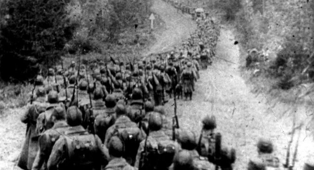 Soviet troops cross the border of Poland. 1939.