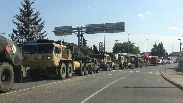 Military vehicles on the Hungarian-Ukrainian border - Sputnik International
