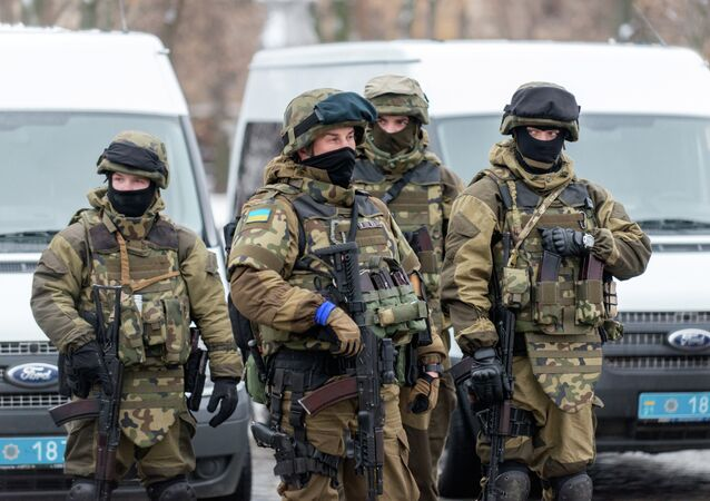 Servicemen of police units and the National Guard of Ukraine