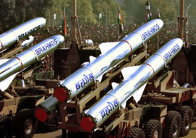 A supersonic BrahMos cruise missile will be tested from a Su-30MKI fighter jet for the first time in September 2016.