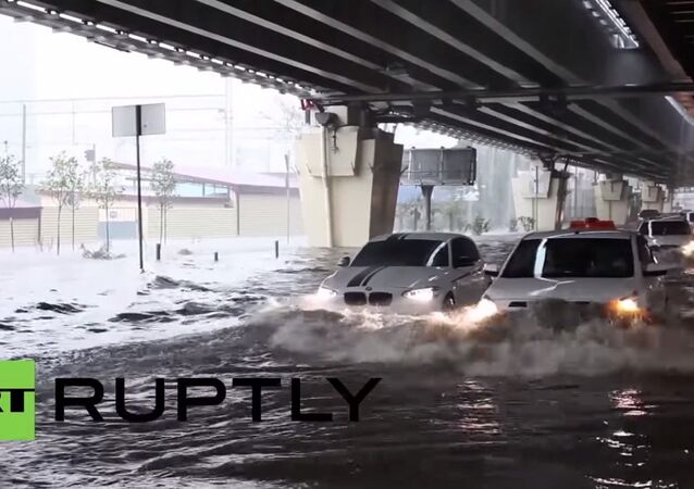 Russia: Sochi's drivers tackle the floods