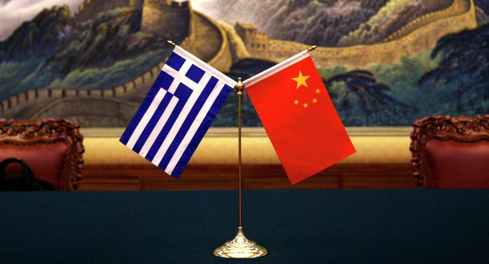Greece and China's flags