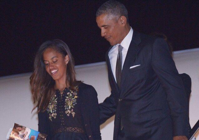 US President Barack Obama and daughter Malia