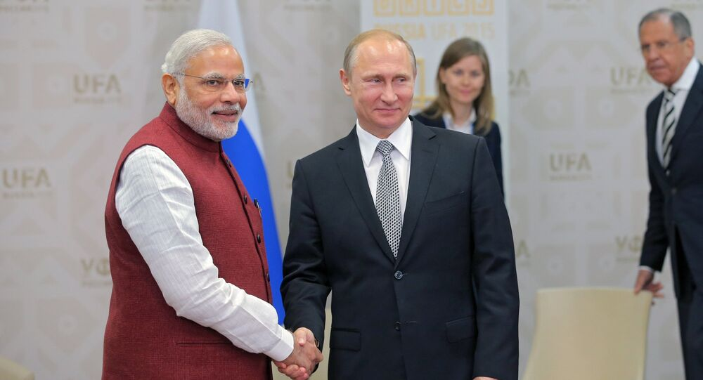 Russian President Vladimir Putin (2d left) and Indian Prime Minister Narendra Modi during their meeting in Ufa, July 8, 2015.