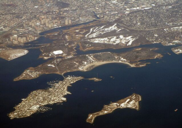 Panorama showing Hart Island (lower right) and City Island (left)