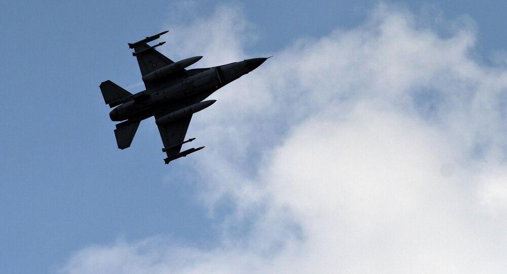 A Turkish fighter jet
