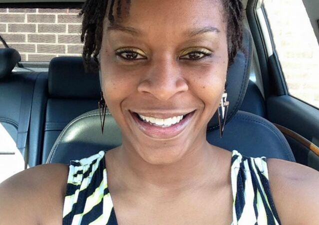 Questions Continue to Arise in Jailhouse Death of Sandra Bland
