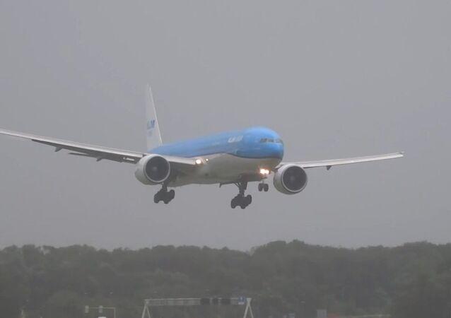 Airliner Lands During Storm