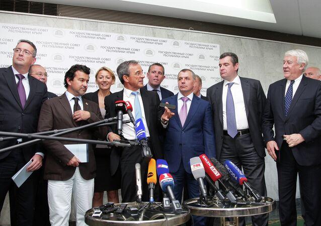 French delegation visits Crimea