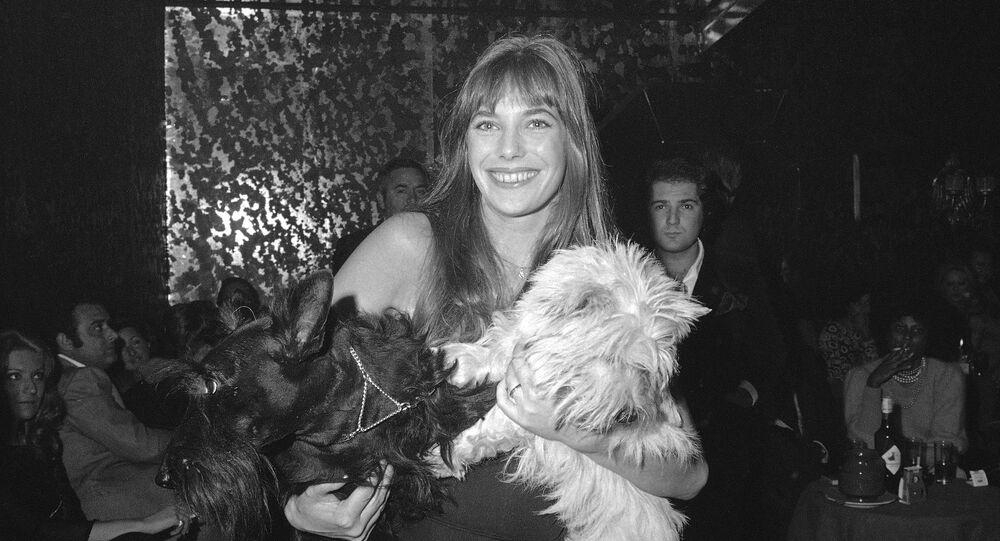 British actress and pop singer Jane Birkin is shown at Rome's night club Cabala 25, Nov. 10, 1972.