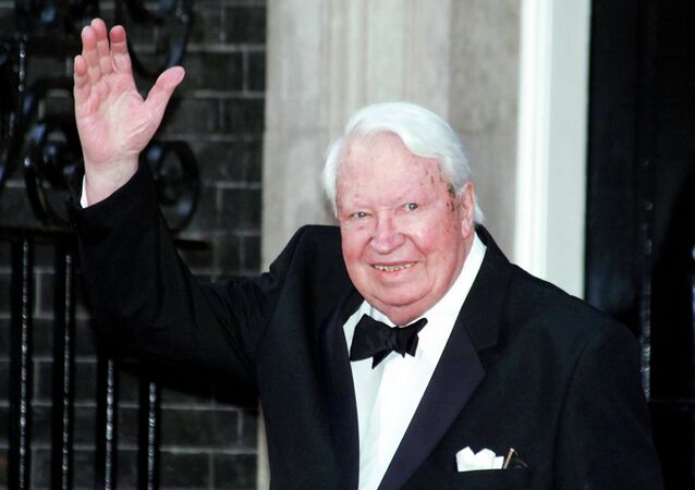 Britain's former Prime Minister Sir Edward Heath arrives at 10 Downing Street, in London Monday, April 29, 2002, where Prime Minister Tony Blair was hosting a celebratory royal Golden Jubilee dinner.