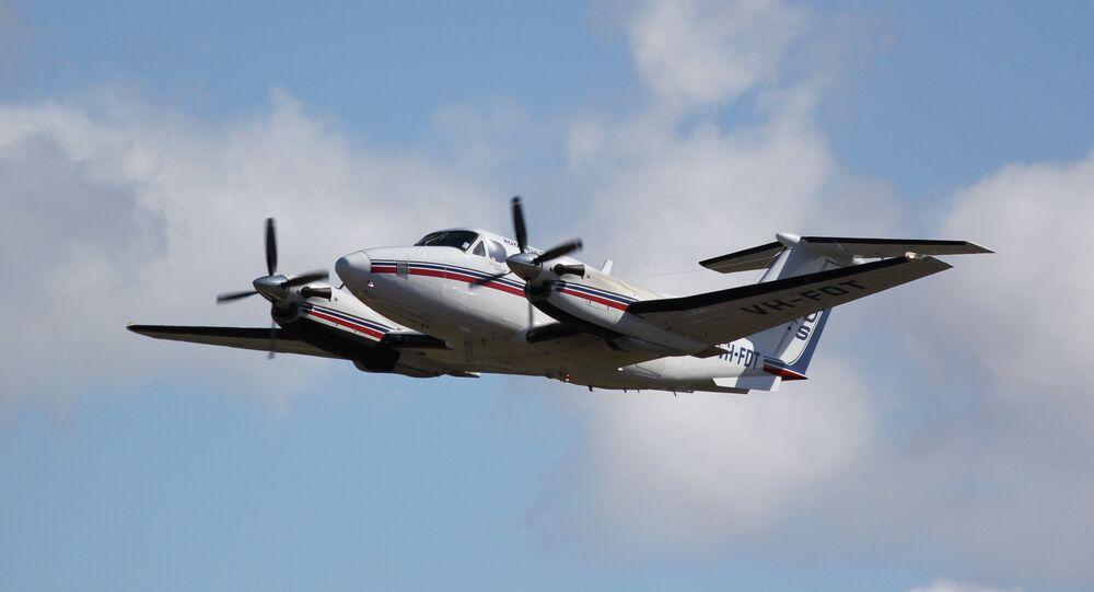 Beechcraft Super King Air 200 taking off
