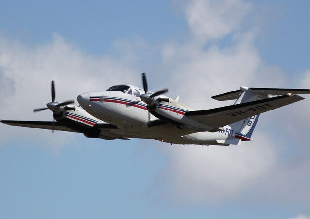 Beechcraft Super King Air 200 taking off