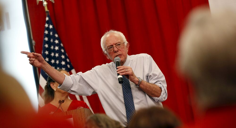 Vermont Senator and U.S. Democratic presidential candidate Bernie Sanders speaks after receiving an endorsement by the National Nurses United in Oakland, California August 10, 2015
