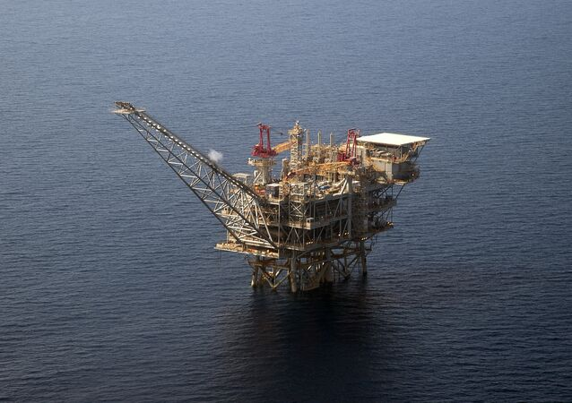An aerial view taken on July 30, 2015 shows the Tamar Israeli gas-drill platform in the Mediterranean Sea off the coast of Israel