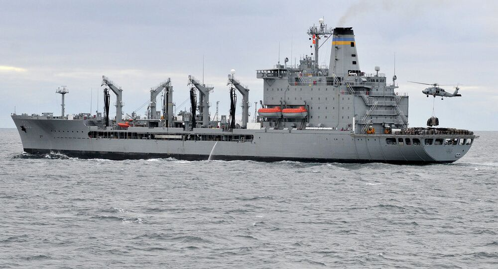 Sea Hawk picks up cargo from USNS Guadalupe