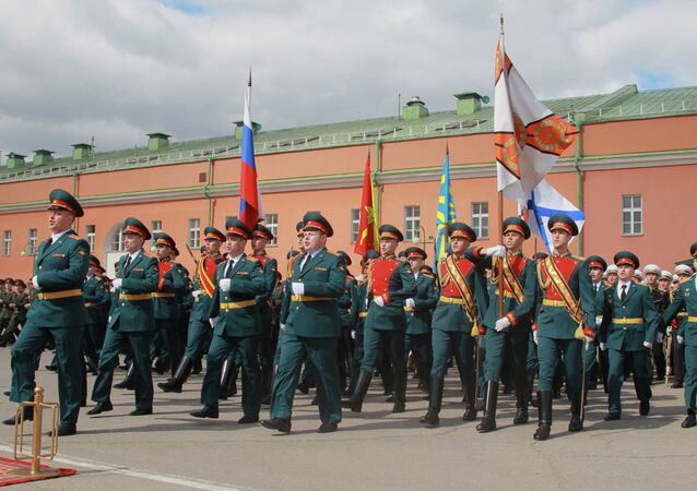 Servicemen of the 154th Independent Commandant's Regiment of the Moscow Garrison during the ceremony of bestowal of the honorific title 'Preobrazhensky' upon the regiment