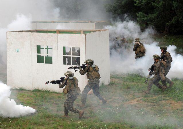 US servicemen take part in a military drill in Yavoriv polygon, Lviv district, western Ukraine, on July 24, 2015.