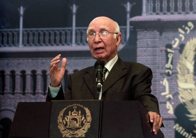 Sartaj Aziz, Pakistan's special adviser on national security and foreign affairs, speaks during a joint press conference with Afghan Foreign Minister Zalmai Rassoul at the foreign ministry in Kabul, Afghanistan