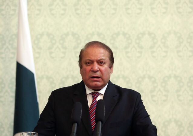 Pakistani Prime Minister Nawaz Sharif speaks during a joint press conference with Afghan President Ashraf Ghani at the presidential palace in Kabul, Afghanistan, Tuesday, May 12, 2015